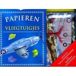 Papieren Vliegtuigjes en boekje 5+